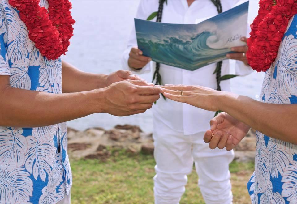 Lộ ảnh cưới siêu lãng mạn của Hồ Vĩnh Khoa và người tình đồng tính-2