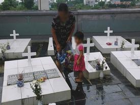 Theo chân cậu sinh viên 19 tuổi về nơi chôn cất hơn 100.000 thai nhi và dòng nhật ký đẫm nước mắt ở nghĩa trang