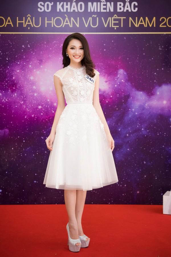Ứng viên sáng giá của Hoa hậu Hoàn vũ lép vế khi diện lại thiết kế của Chi Pu, Hari Won-2