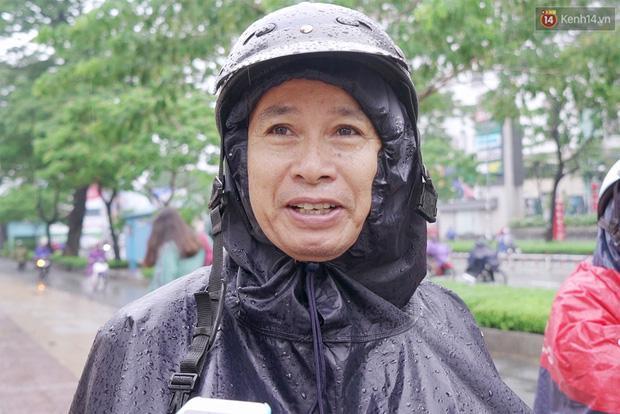 Chuyện chưa kể về bác bảo vệ mà học sinh chuyên Lê Hồng Phong cúi đầu chào mỗi ngày-5