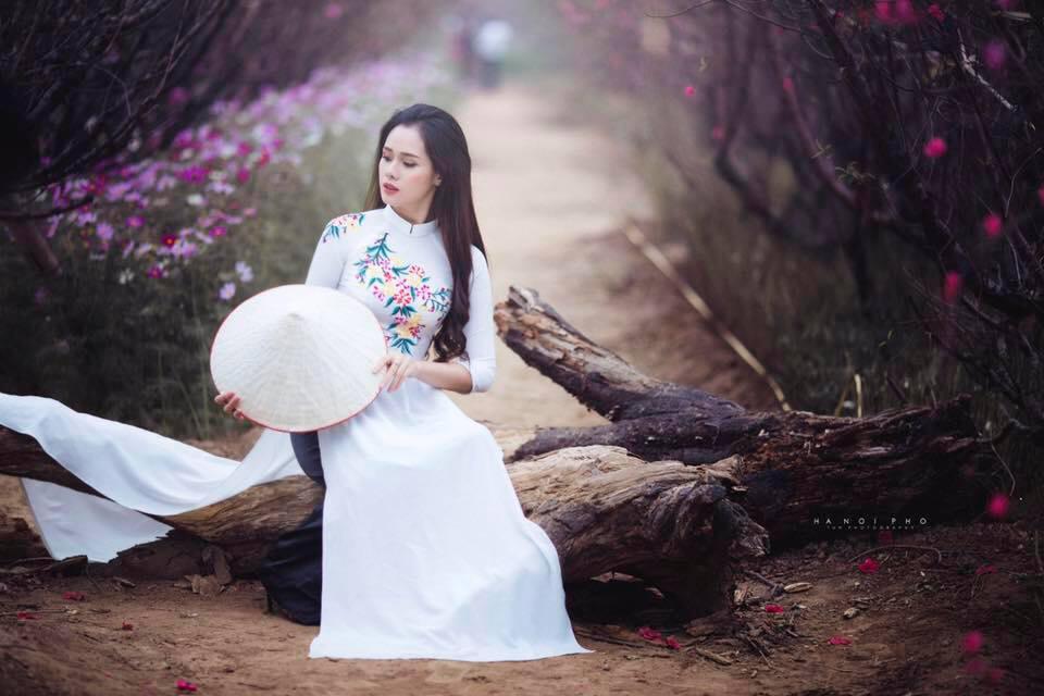 Nhan sắc đời thường xinh đẹp và nóng bỏng của thí sinh mê tiền nhất Hoa hậu Hoàn vũ Việt Nam-2