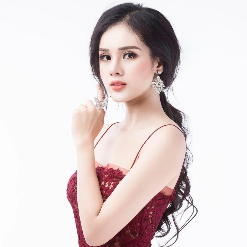 Nhan sắc đời thường xinh đẹp và nóng bỏng của thí sinh mê tiền nhất Hoa hậu Hoàn vũ Việt Nam-10
