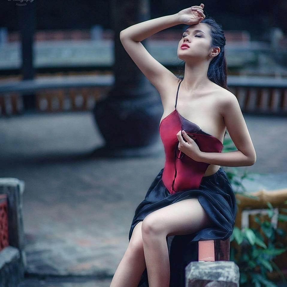 Nhan sắc đời thường xinh đẹp và nóng bỏng của thí sinh mê tiền nhất Hoa hậu Hoàn vũ Việt Nam-12