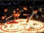 Đang thắp nến cầu hôn bạn gái thì bị bảo vệ ra dập lửa, chàng trai nhận cái kết có hậu