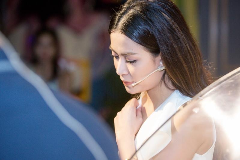 Tự truyện Hoàng Thùy Linh: Tôi muốn trả lại cho nhân vật Vàng Anh tuổi thanh xuân rực rỡ-1