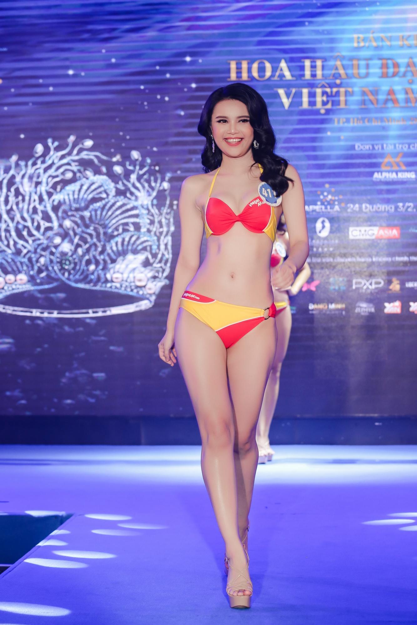 Vừa rời Hoa hậu Hoàn vũ, cô gái mê tiền tự tin khoe hình thể tại Hoa hậu Đại Dương 2017-6