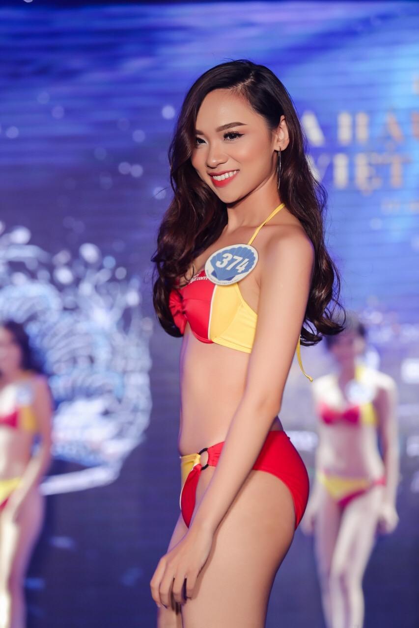 Vừa rời Hoa hậu Hoàn vũ, cô gái mê tiền tự tin khoe hình thể tại Hoa hậu Đại Dương 2017-12