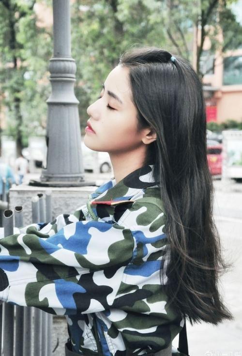 Loạt hot girl đổ bộ trong kỳ tập quân sự khiến người xem mê mệt-9