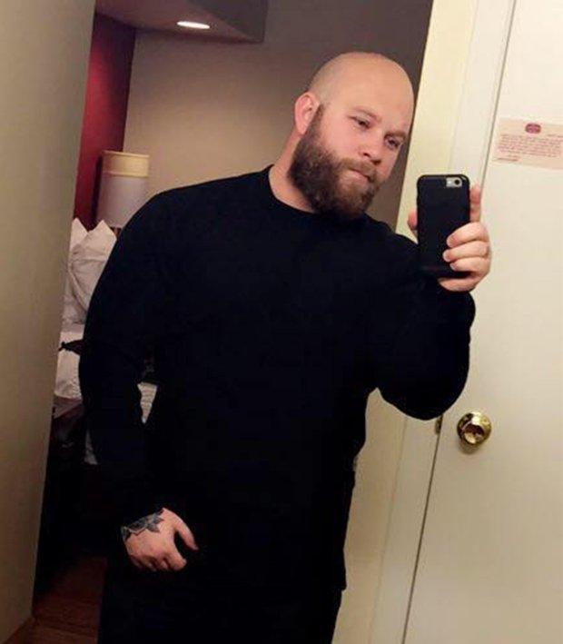 Dòng trạng thái ám ảnh trên Facebook nạn nhân trong vụ xả súng ở Las Vegas-1