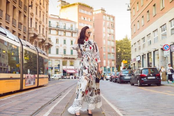 Street style Thanh Hằng vượt mặt nhiều biểu tượng thời trang làng giải trí Việt-10