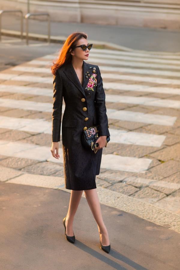 Street style Thanh Hằng vượt mặt nhiều biểu tượng thời trang làng giải trí Việt-14