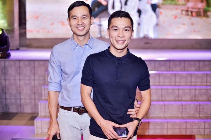 Bạn đời đồng tính đẹp trai như nam thần của sao Việt-2
