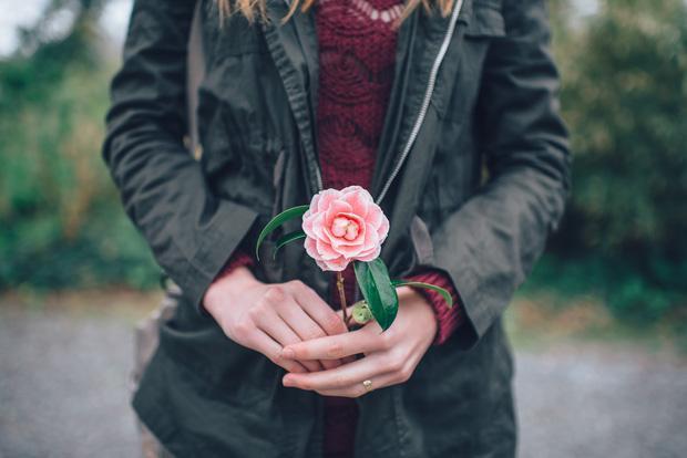 Ta yêu nhau không phải chỉ bằng 3 từ đơn giản, mà yêu bằng chính cuộc sống của mình-2