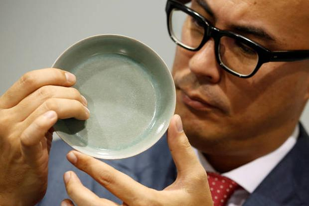 Chiếc bát sứ 900 năm tuổi thời Tống được bán với giá 856 tỷ đồng, lập kỷ lục đấu giá tại Sotheby Hồng Kông-2
