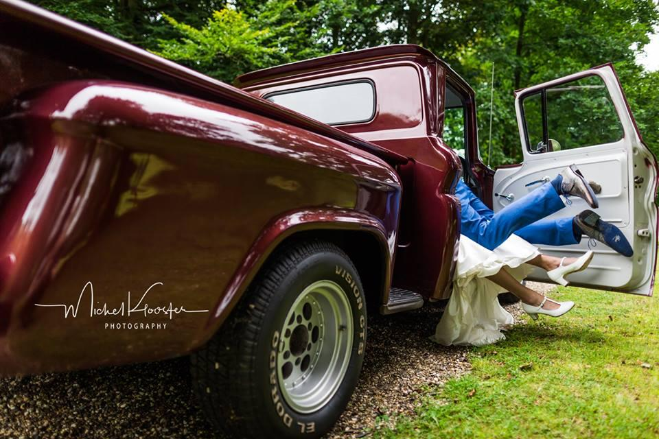 Nghe lời khuyên của mẹ, cặp đôi chụp bộ ảnh cưới sửng sốt làng truyền thông thế giới-3