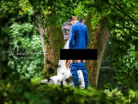 Nghe lời khuyên của mẹ, cặp đôi chụp bộ ảnh cưới sửng sốt làng truyền thông thế giới