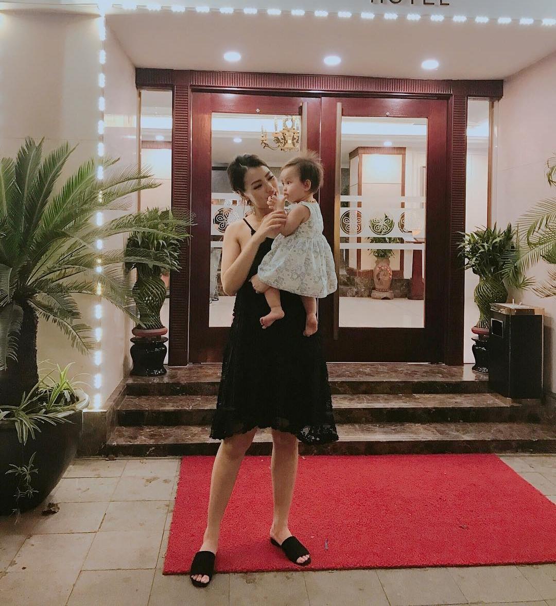 Tin sao Việt 5/10: Linh Chi e ấp bên người tình, khẳng định chủ quyền cuộc sống của tôi-5