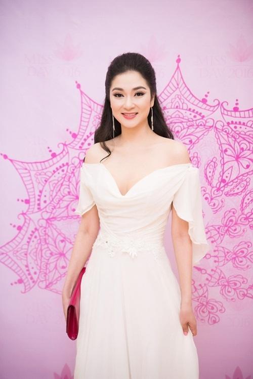 Cuộc sống của nàng hoa hậu mũm mĩm nhất Việt Nam giờ ra sao?-8