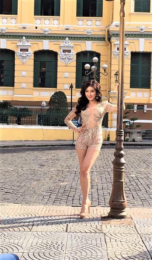 Diện chung thiết kế, Phạm Hương ngời ngời khí chất - Huyền My kém sắc ngày ra trận Miss Grand-1