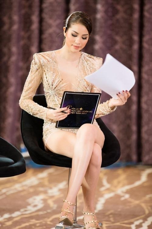 Diện chung thiết kế, Phạm Hương ngời ngời khí chất - Huyền My kém sắc ngày ra trận Miss Grand-7