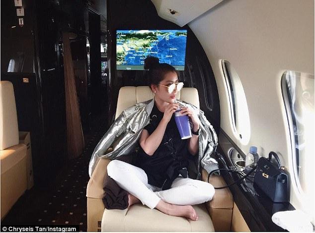 Những chuyến du lịch xa xỉ đáng mơ ước của ái nữ nhà tỷ phú-1