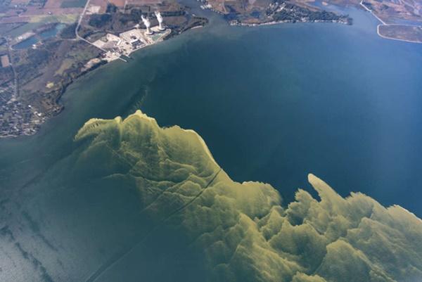 Hồ nước biến thành màu xanh tuyệt đẹp sau hơn nửa thế kỷ, nhưng đó lại là tin cực kỳ không tốt-4
