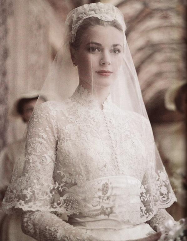 Bạn có nhận ra váy cưới của Hoa hậu Thu Thảo giống váy cưới của Công nương Grace Kelly đến bất ngờ?-9
