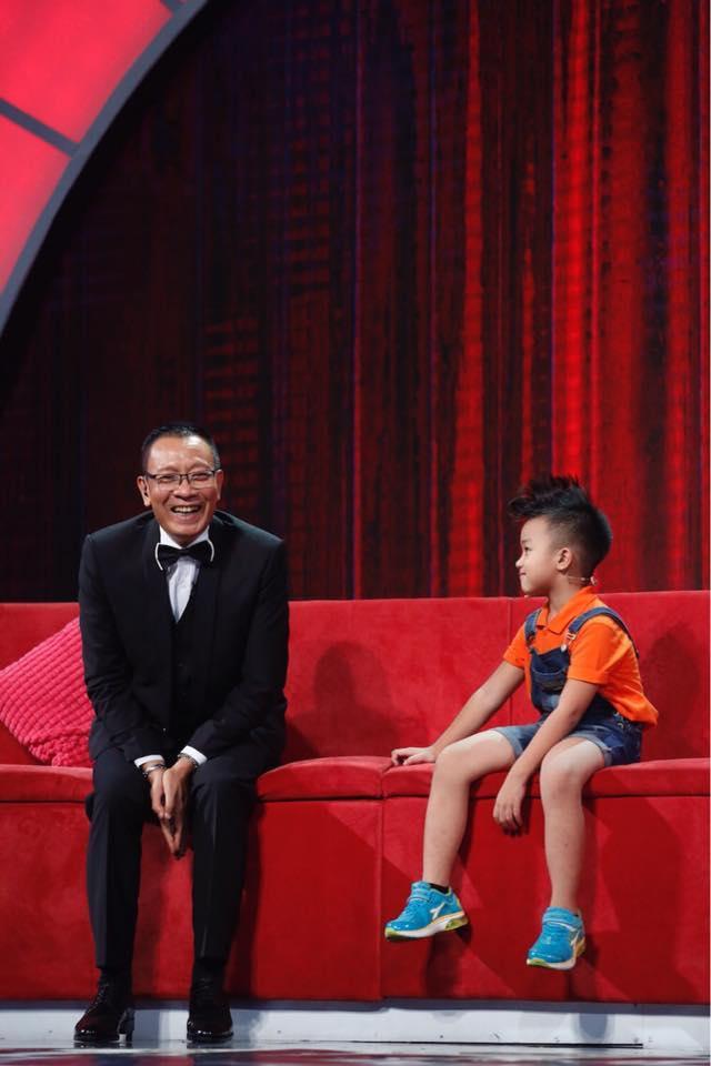 MC Lại Văn Sâm đứng hình trước cậu bé 6 tuổi có tài bắn tiếng Anh như... tiếng Thái-2