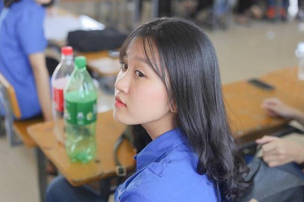 Lạc vào động tiên toàn gái đẹp của trường THPT Chuyên Đại học Vinh-6