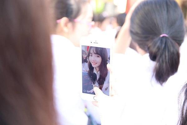 Lạc vào động tiên toàn gái đẹp của trường THPT Chuyên Đại học Vinh-8