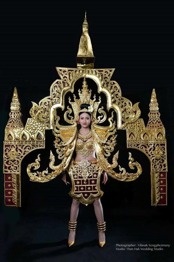 Hình ảnh đầu tiên về trang phục dân tộc dự thi của Huyền My