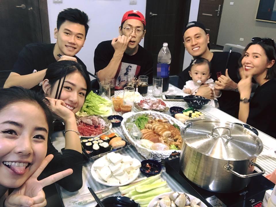 Hot girl - hot boy Việt 9/10: Trang Pilla khoe ảnh sinh nhật bên mẹ chồng sau ồn ào với tình cũ-2