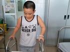 Bé trai 8 tuổi ở Hà Nội mắc bệnh lạ: Cứ ngóc đầu lên là ngất xỉu