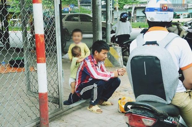 Gặp người chồng bị vợ bỏ, đưa 2 con trai đi ăn xin ở Hà Nội gây xôn xao-4