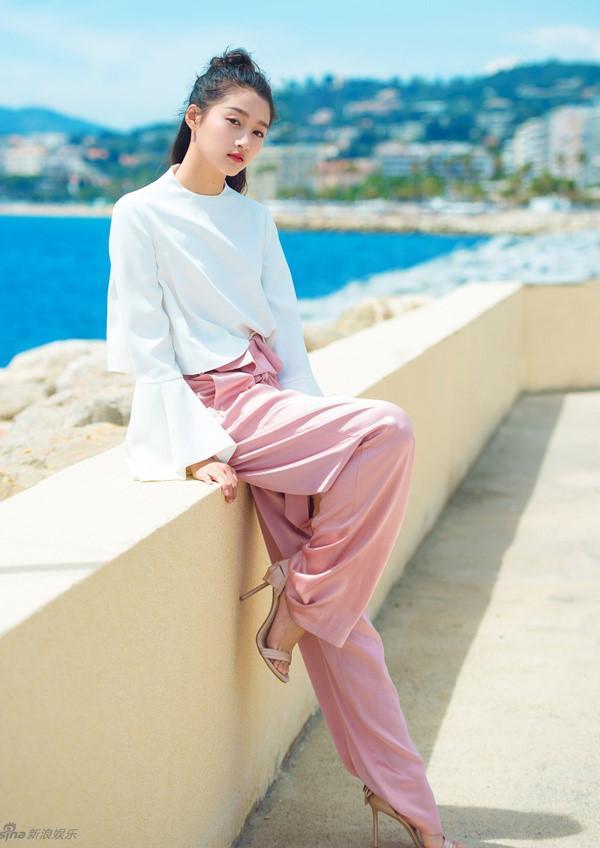 Bạn gái Luhan đang được tìm kiếm nhiều nhất Trung Quốc-1