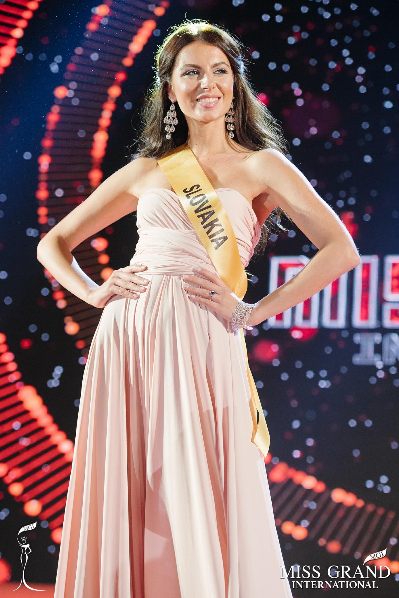 Huyền My trượt top 10 thí sinh được bình chọn nhiều nhất tại Miss Grand 2017-7