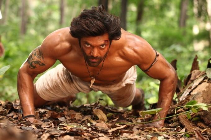 Chỉ có thể là phim Ấn Độ: tay không tấc sắt vẫn cân cả thế giới-2