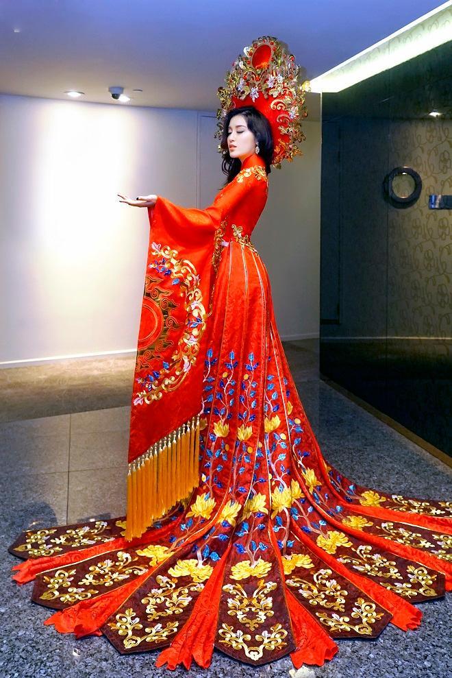 Cận cảnh từng chi tiết trang phục dân tộc Huyền My sẽ trình diễn tại Miss Grand International 2017-2