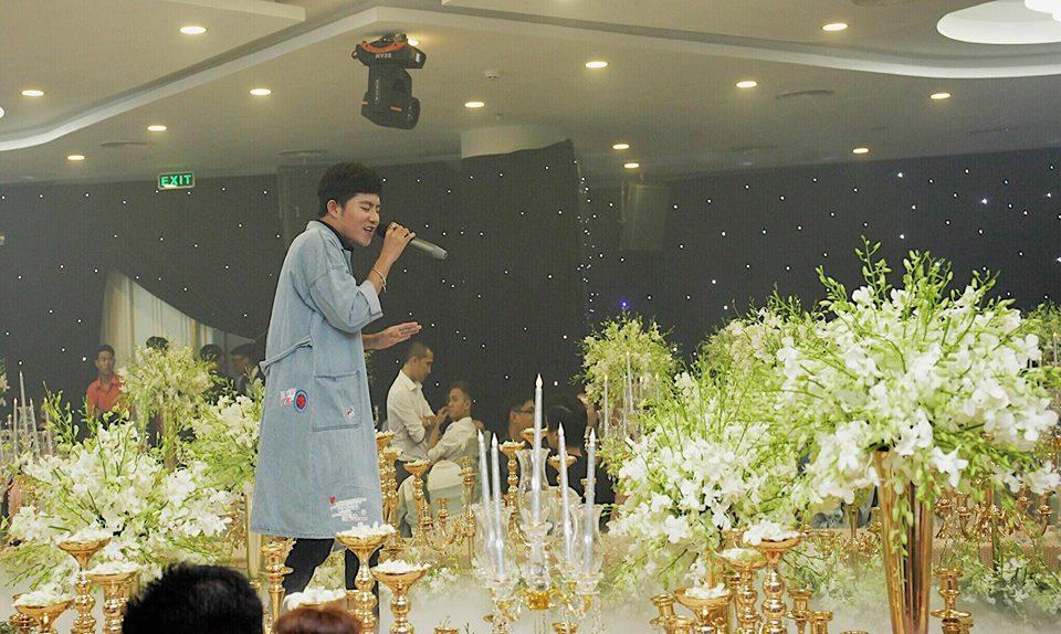 Hot girl - hot boy Việt 11/10: Kiên Hoàng khoe dáng ngồi quý tộc cực yêu của con gái-4