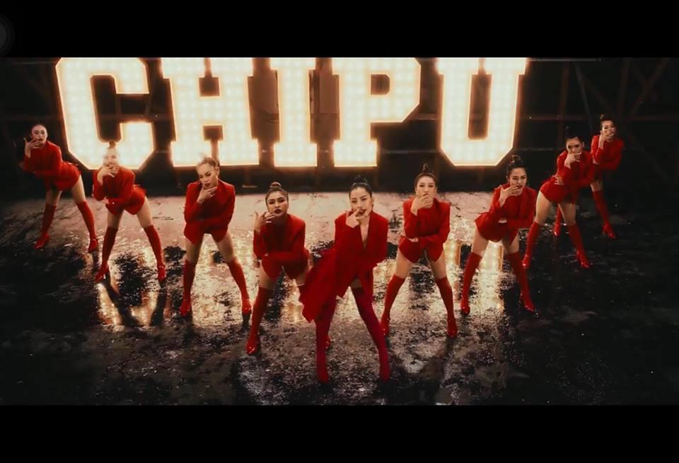 Rũ bỏ hình ảnh hot girl, Chi Pu mạnh tay chi tới 1 tỷ đồng chỉ riêng tiền quần áo trong MV đầu tay-12