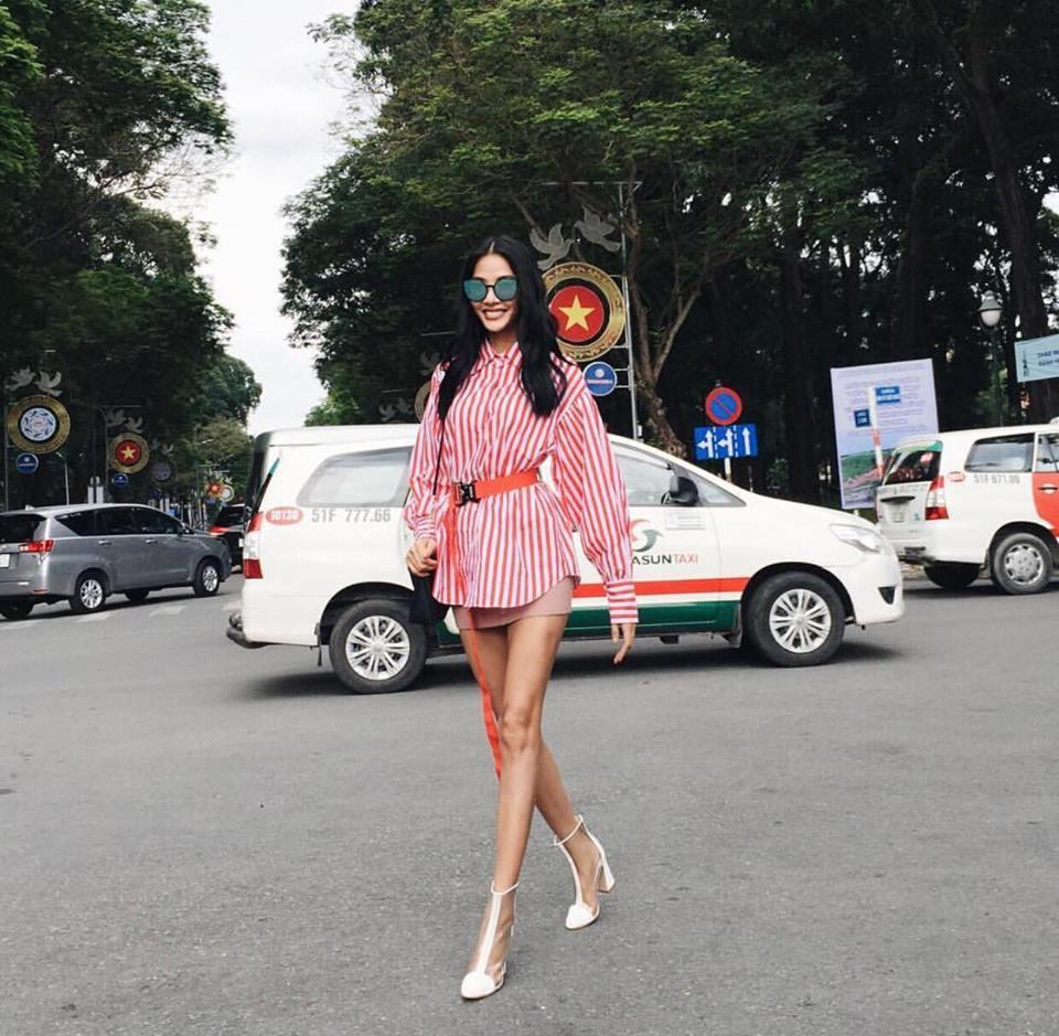 Hồ Ngọc Hà soán ngôi street style tuần này với bộ sưu tập giầy thần thánh-6