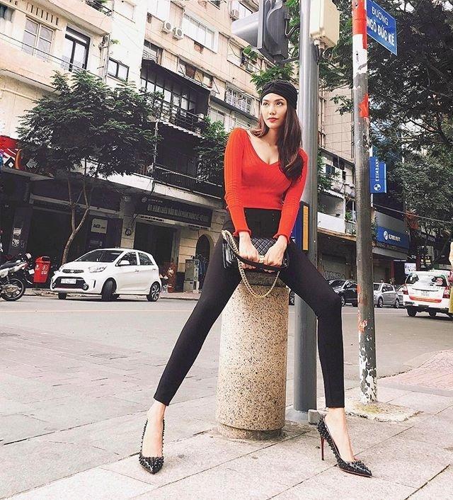 Hồ Ngọc Hà soán ngôi street style tuần này với bộ sưu tập giầy thần thánh-4
