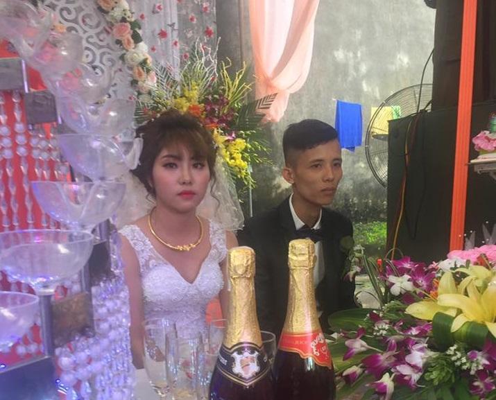 Cô dâu sắp khóc khi bạn thân chú rể hát ca khúc Hỏi thăm nhau-4