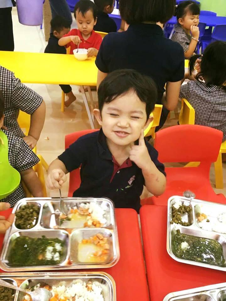 Tin sao Việt 11/10: Kim Lý mừng sinh nhật mẹ Hồ Ngọc Hà-7