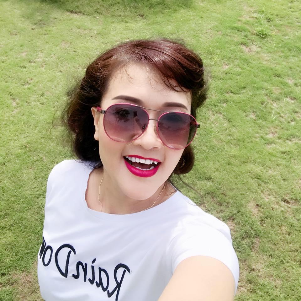 Tin sao Việt 11/10: Kim Lý mừng sinh nhật mẹ Hồ Ngọc Hà-11
