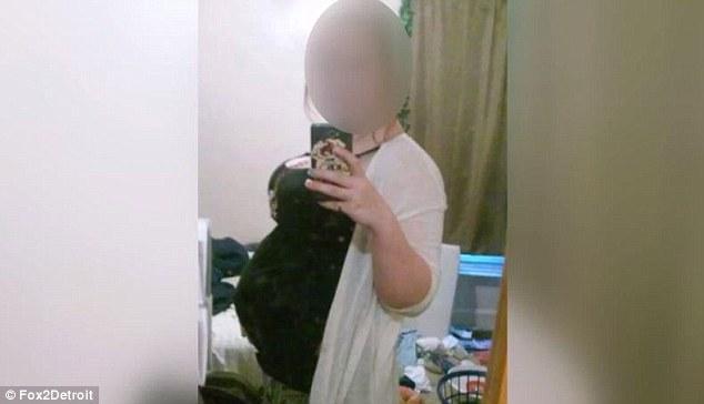 Chửa trâu 10 tháng chưa đẻ, gia đình bàng hoàng khi phát hiện bí mật đen tối của cô con gái tuổi teen-1