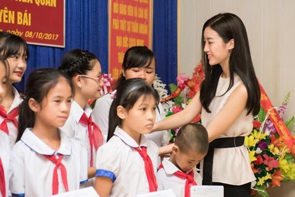 Ê-kip hoàn toàn mất liên lạc với Hoa hậu Đỗ Mỹ Linh trước ngày lên đường thi Miss World-1