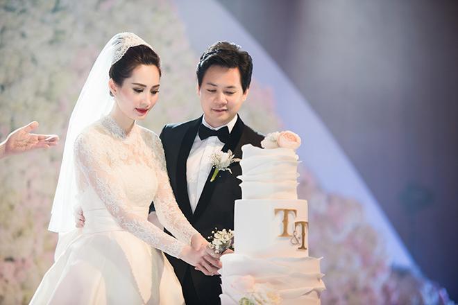 Hậu đám cưới, Hoa hậu Đặng Thu Thảo gầy gò ăn mặc luộm thuộm không ai nhận ra-2