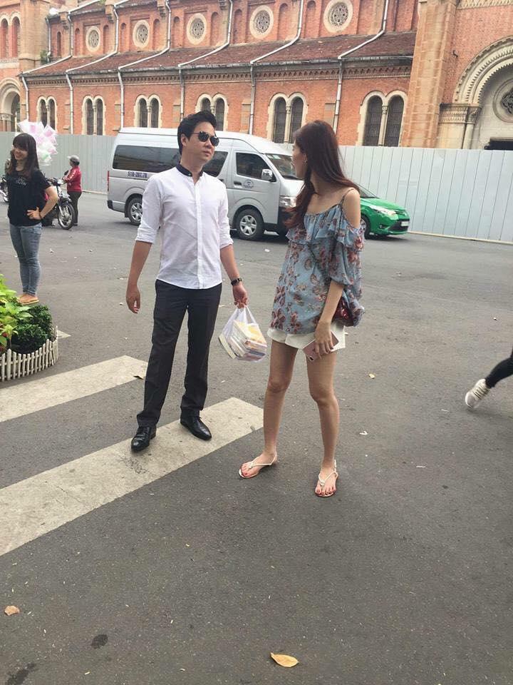 Hậu đám cưới, Hoa hậu Đặng Thu Thảo gầy gò ăn mặc luộm thuộm không ai nhận ra-1