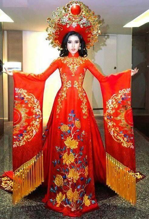 Trang phục dân tộc của Á hậu Huyền My ở Miss Grand International 2017 gây tranh cãi-1